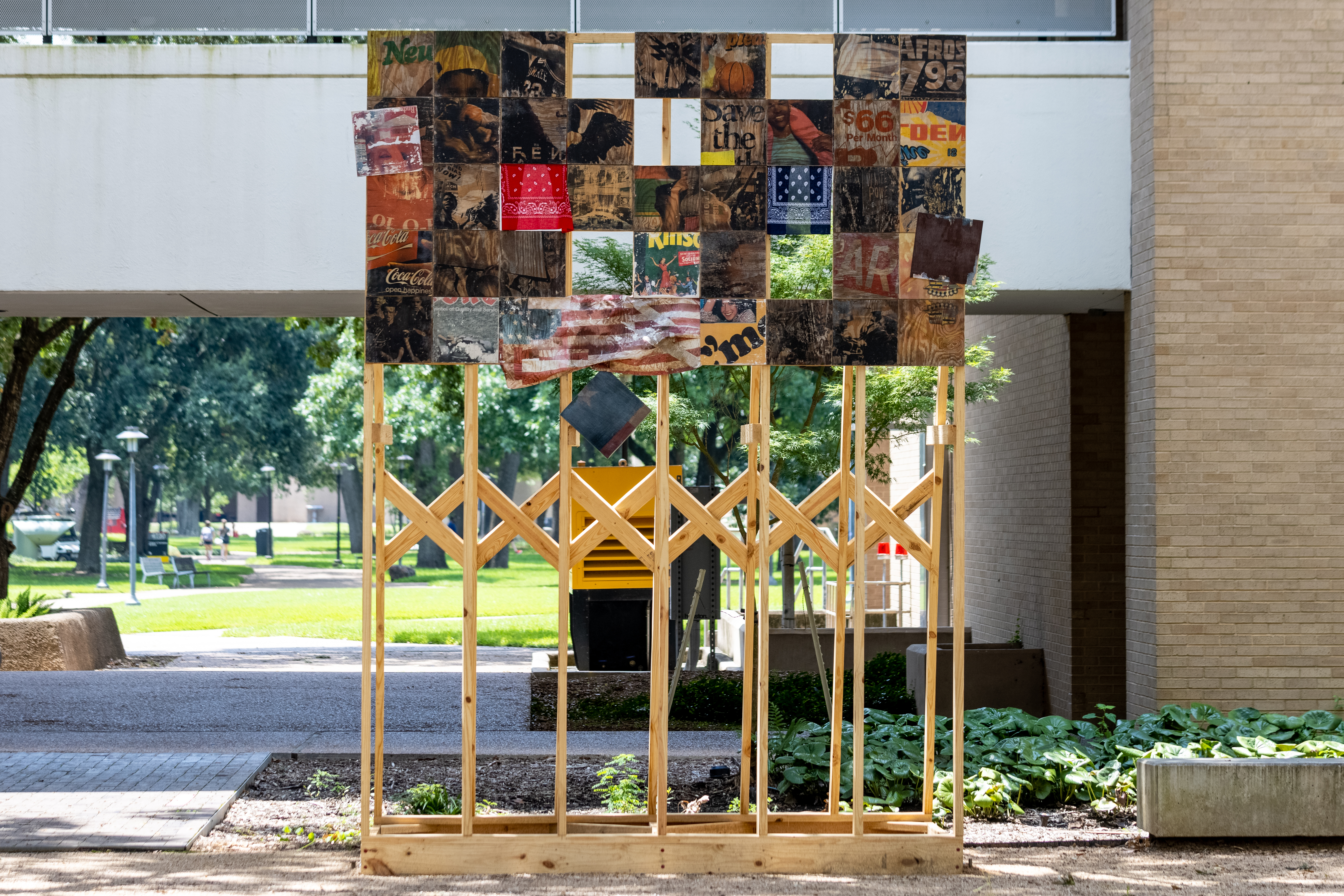 """""""YardWorks,"""" a new partnership with Public Art UHS and School of Art that offers emerging artists the opportunity to showcase their work on the UH campus in a """"public art setting.""""   The first piece of the series has been installed in the courtyard outside Blaffer Art Museum in the Fine Arts Building."""